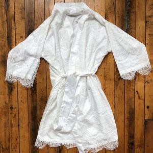 Other - Women's White Lace Robe
